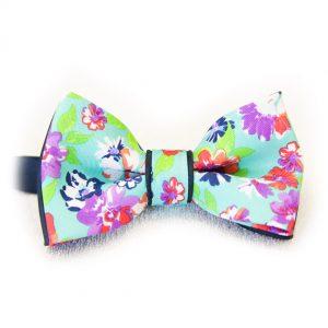 Mentolový farebný pánsky motýlik s kvetmi